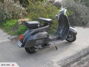 Bajaj 150 Scooter